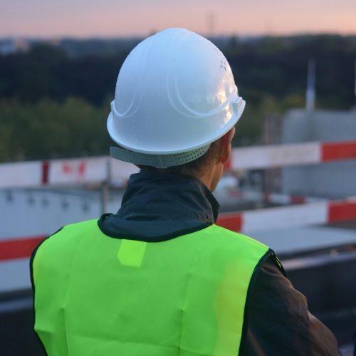 construction-worker-956496_1920